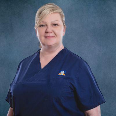 Dr Anna Borys